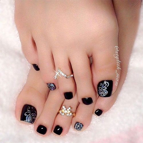 Elegant Fall / Autumn Toe Nail Art