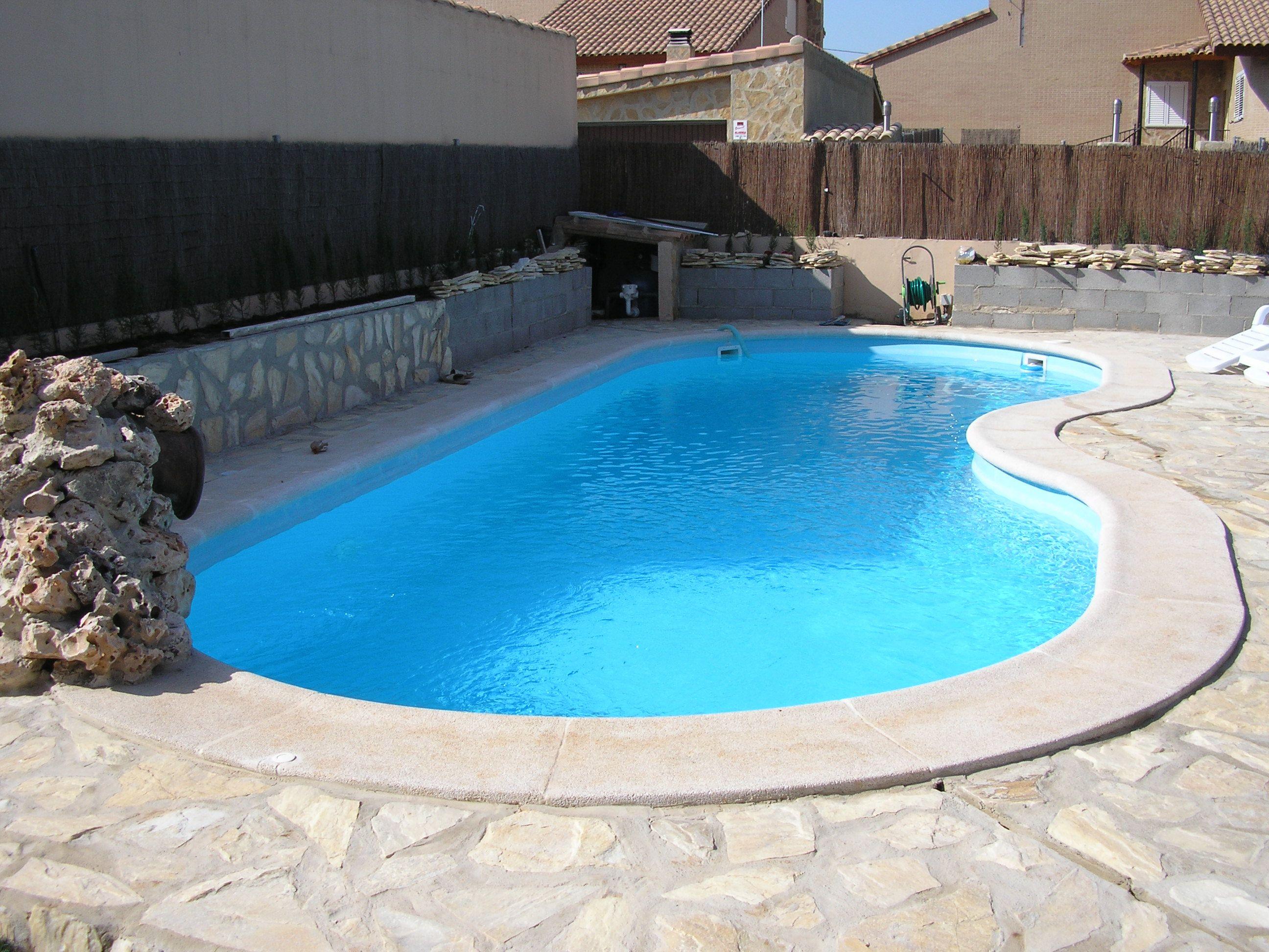 Piscina de poli ster piscinas Pinterest