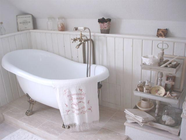 shabby bathroom vintage bathtub haus bad pinterest. Black Bedroom Furniture Sets. Home Design Ideas
