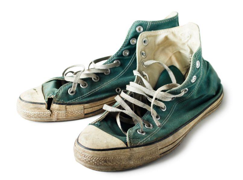 old shoes Vans old skool the original classic side stripe skate shoe built with vans dna.