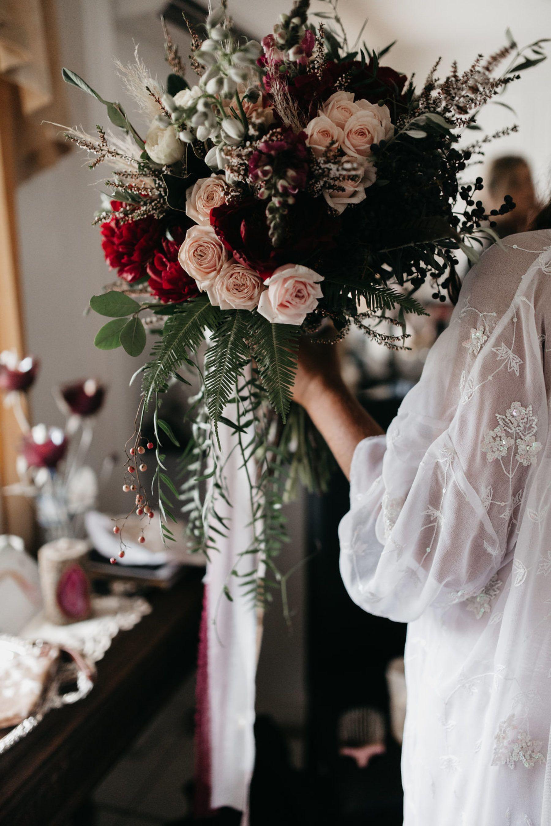 Josh Vicki S Glam Cattle Station Wedding Nouba Com Au Bohemian Wedding Bouquet Elegant Wedding Bouquets Wedding