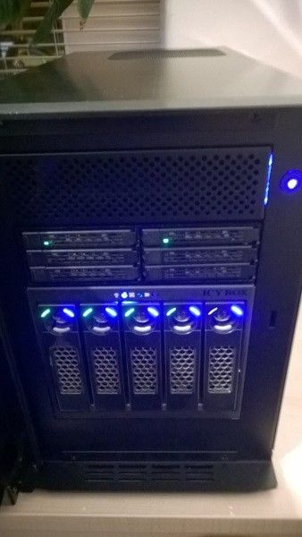 I've decided to repurpose my IOMega IX4 and build out a freeNAS