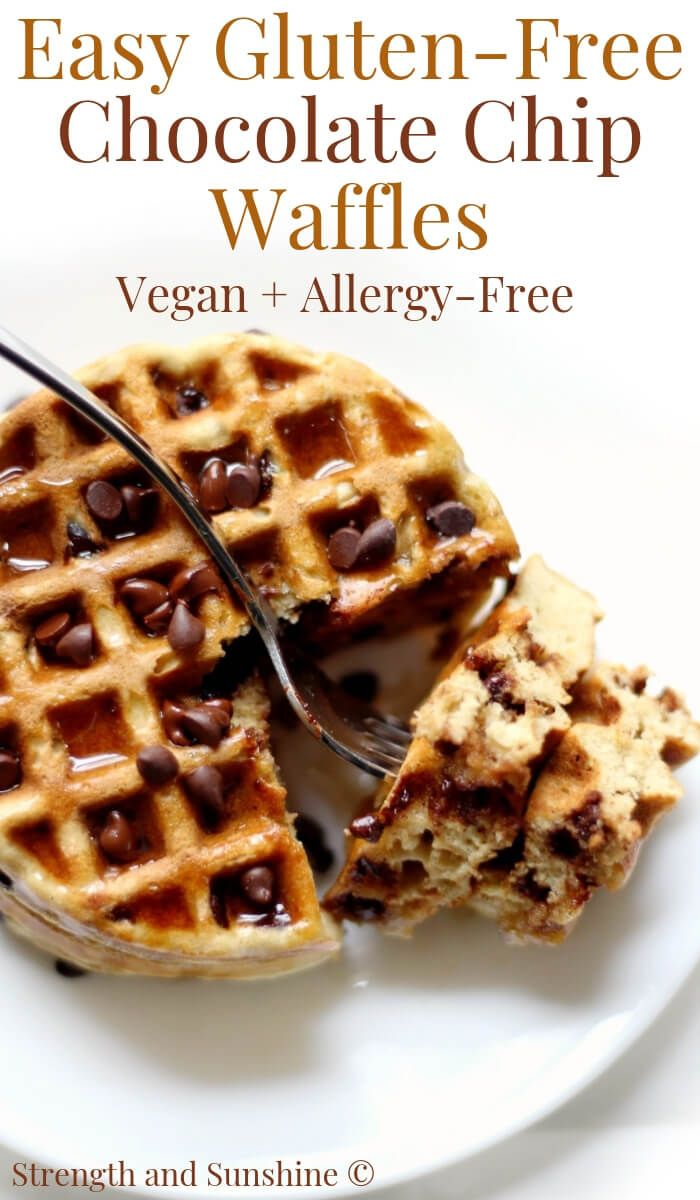 Easy Gluten-Free Chocolate Chip Waffles (Vegan, Allergy-Free) #glutenfreebreakfasts