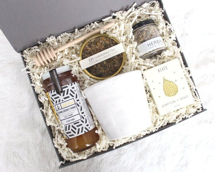 curated gift boxes india