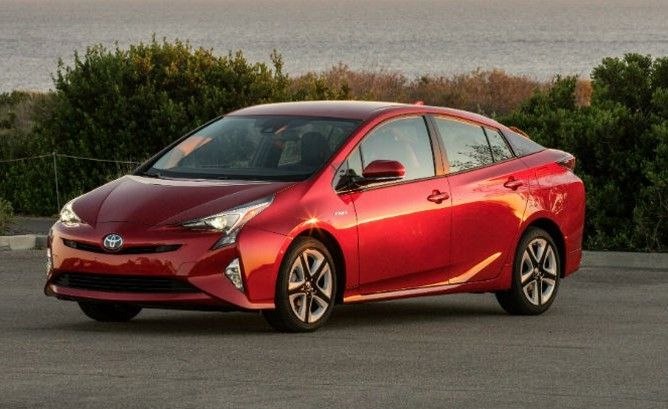 Nearly Two Decades After The First Toyota Prius Hybrid Went On
