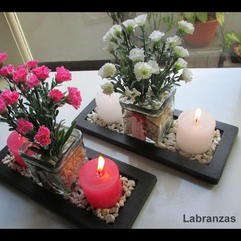 Centro de mesa con velas florero y flores eventos 15 - Centros con velas ...
