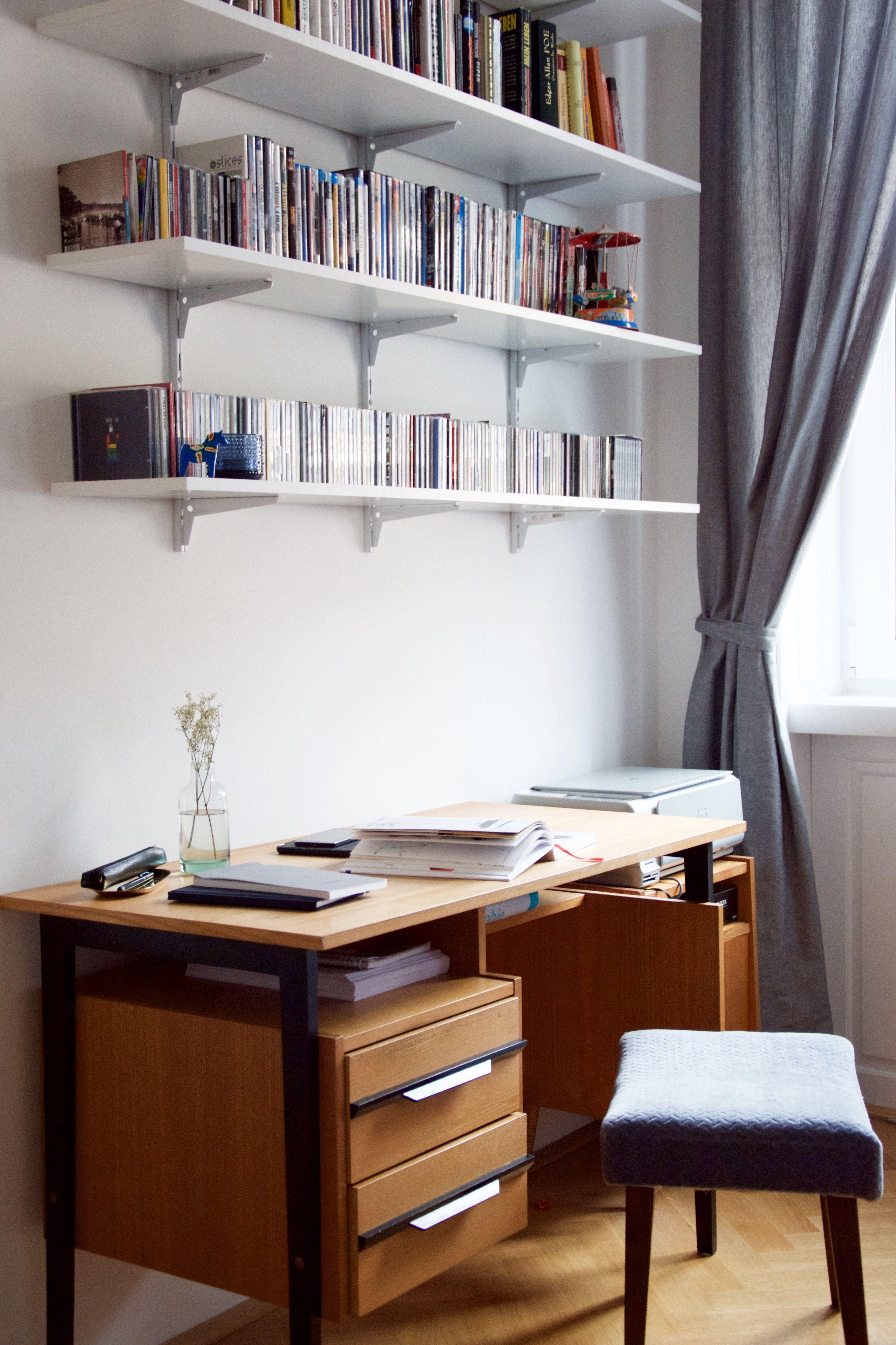 Arbeitsplatz | Stühle kaufen, Kleiner hocker und Arbeitsplätze