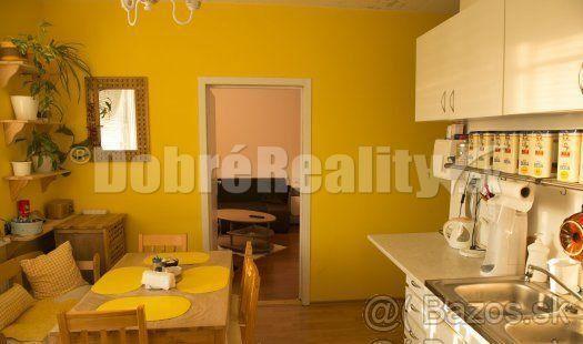 Ponúkam na predaj 3 izbový byt, prerobený na 4 izbový v Nový - 1