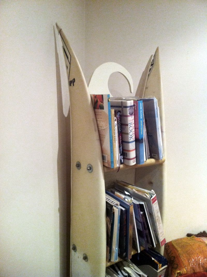 makeshift furniture | DIY Home Made Bookshelf And Rack Made From Broken  Surfboard - Use J