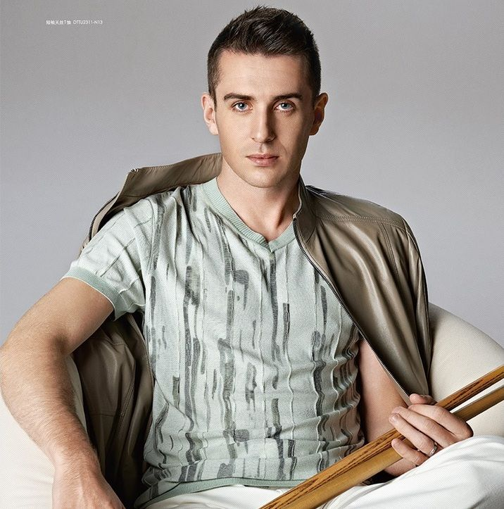 mark selby modelling in china for kboxing coolio