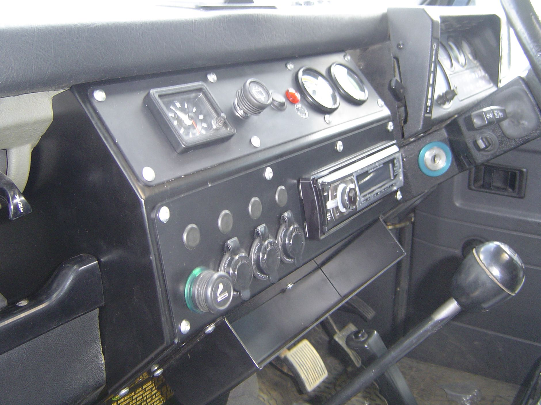 finest trim with defender stitch landrover rover the land whole new standard white a look take in and custom dash on black takes it dashboard nappa pin plastic