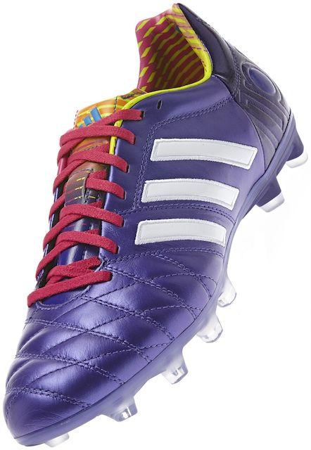 botas de futbol adidas adipure blancas y granates