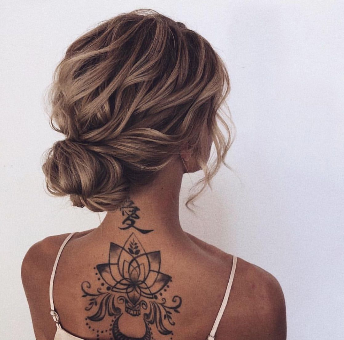 Pin By Camilla Francheschi On Am Wedding Medium Length Hair Styles Bridal Hair Updo Beautiful Wedding Hair