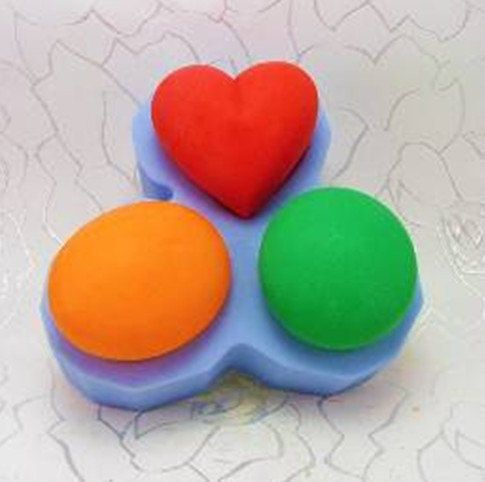 Oval Heart Flexible Silicone Mold Silicone Mould by MoldHouse, $14.99