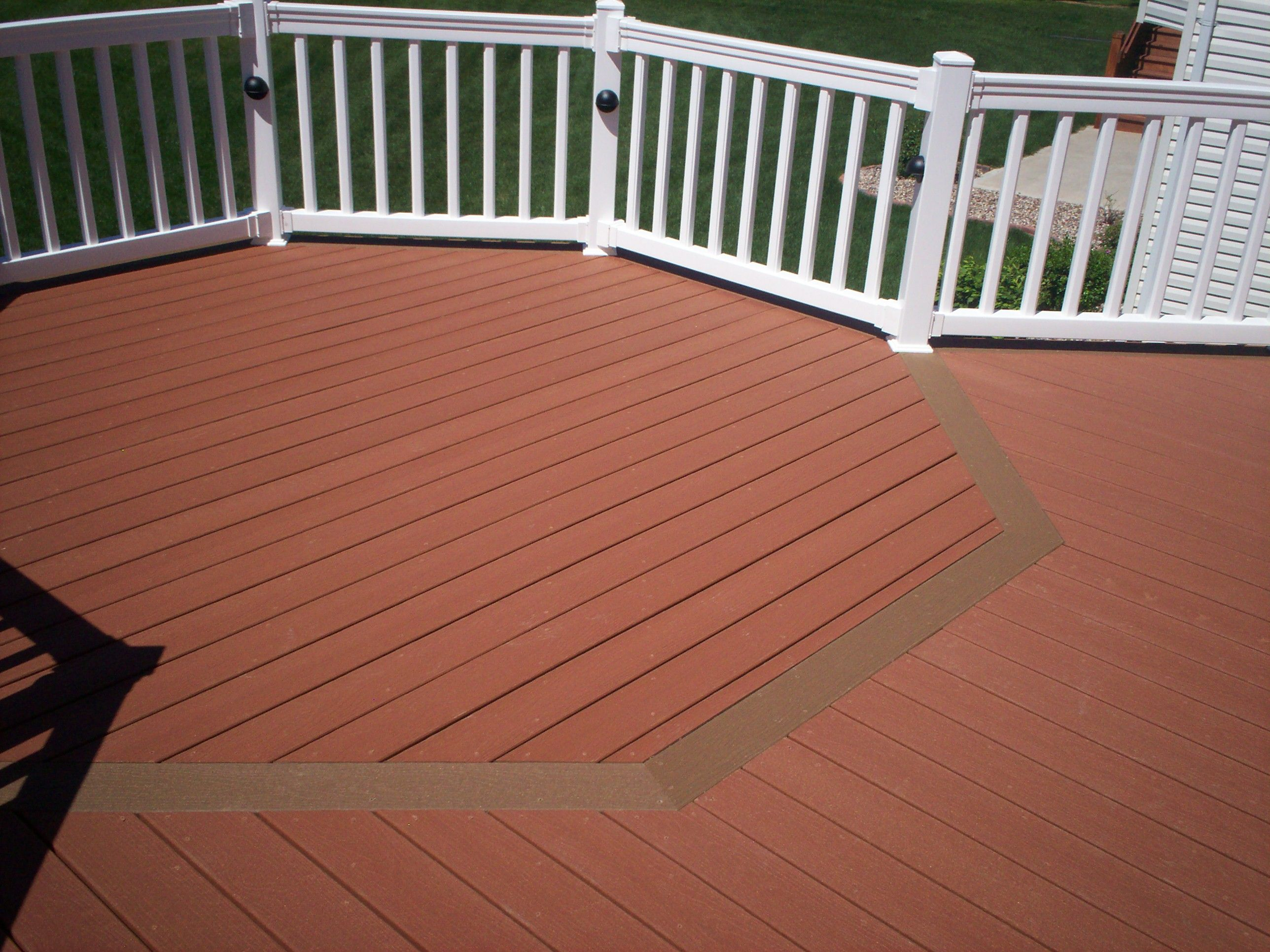 Composite deck with floor board pattern in st louis for Evergrain decking cost