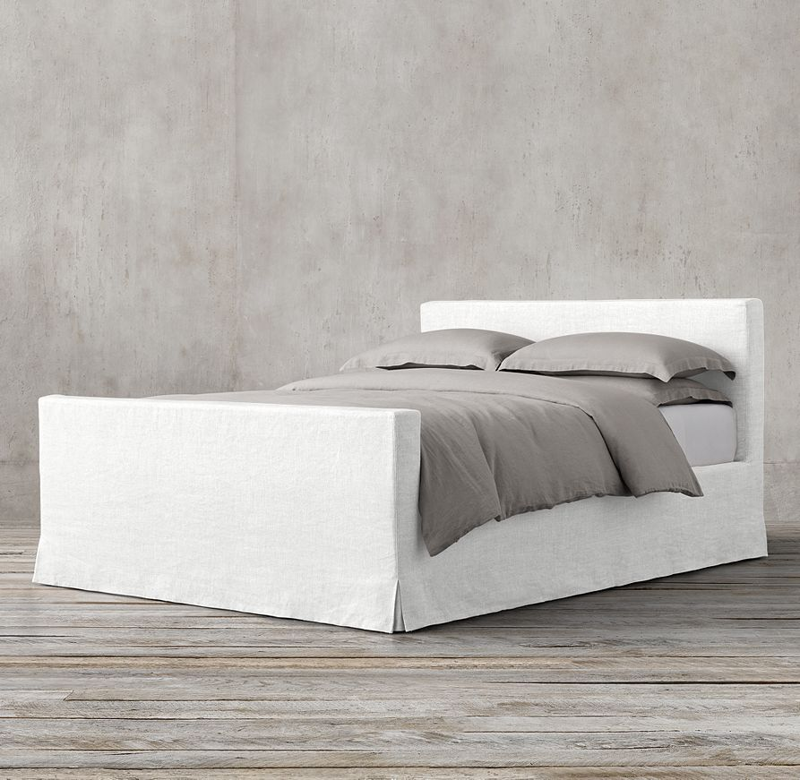Slipcovered Parsons Platform Bed With Footboard Schonbezuge
