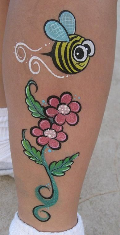 Photo of Face painting bee on one leg