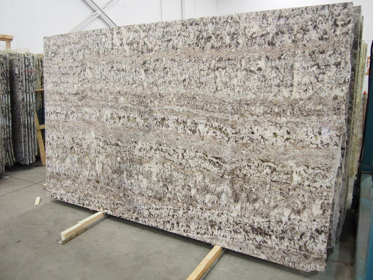 White Torroncino Granite Slab Sold By Milestone Marble Size 115 X 68 X 3 4 Inches With Images Granite Slab Types Of Granite Granite