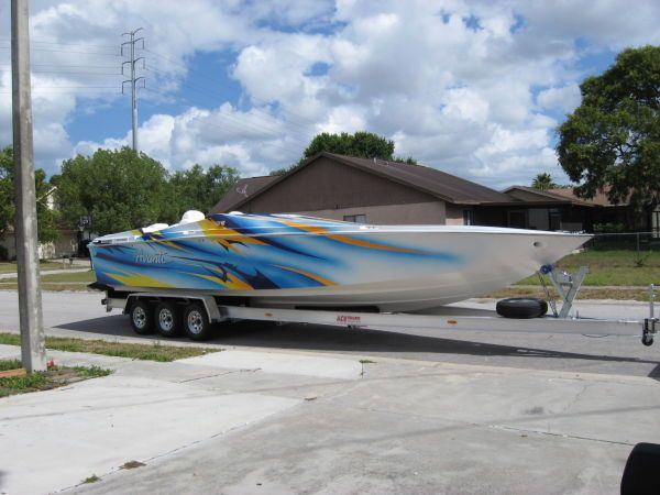 2001 Advantage victory 27 mid cabin open bow High