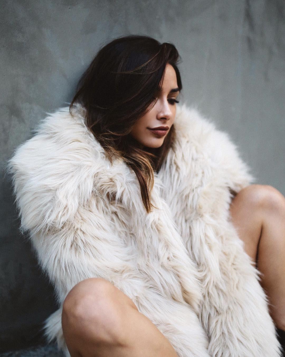 Instagram Fur Fashion Fur Fur Coat Outfit