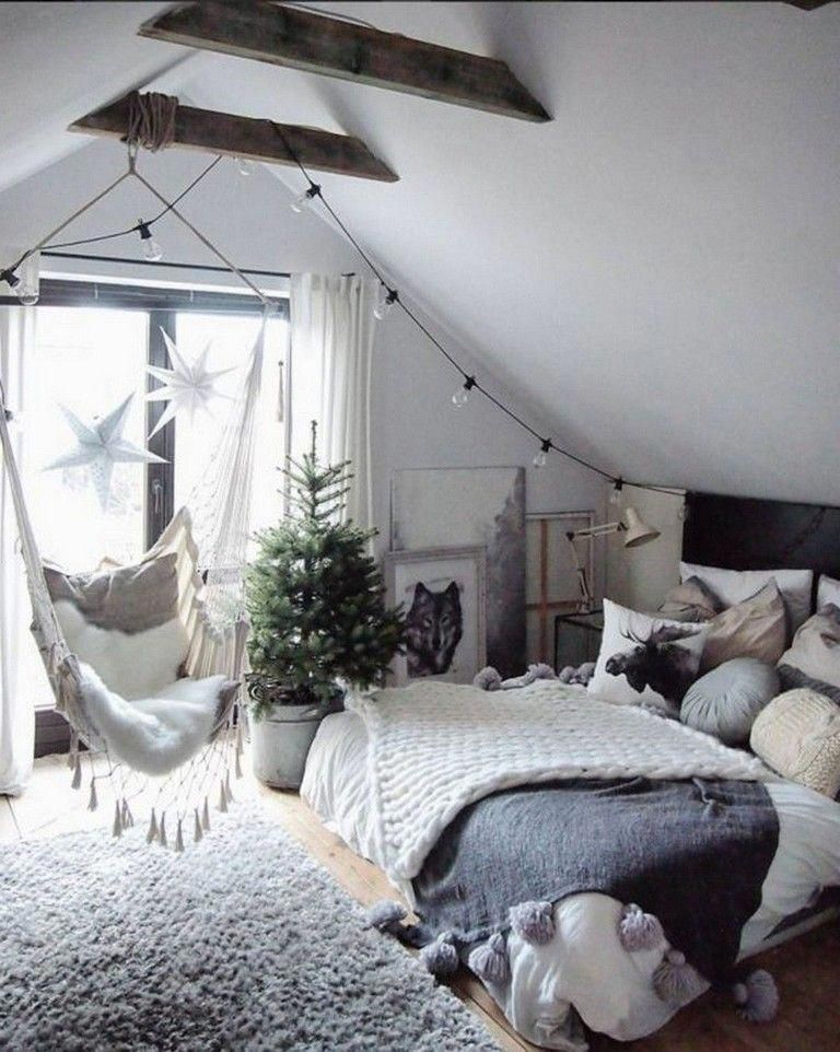 41 Fabulous Attic Bedroom Project And Decor Ideas 2020 Small Room Bedroom Apartment Decorating For Couples Aesthetic Bedroom