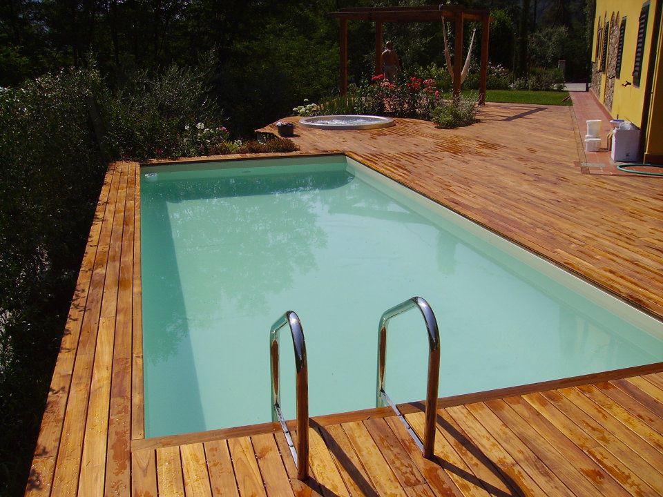 Dv interrata deck 5 scala legno e piscine for Bordo piscina legno