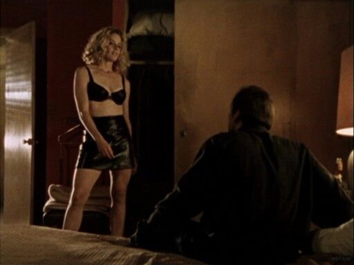 Elisabeth shue hot nude gif — photo 1