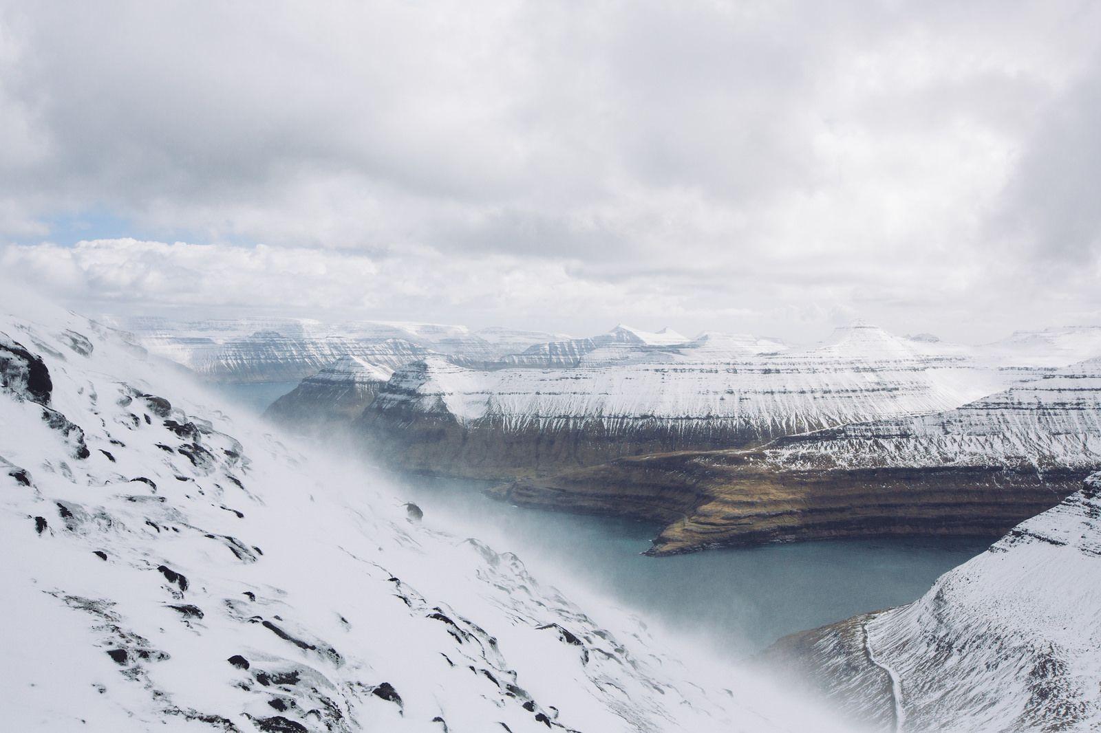 Slættaratindur, Faroe Islands, archipiélago de Dinamarca   photo by Simon Dubreuil https://flic.kr/p/sockaq