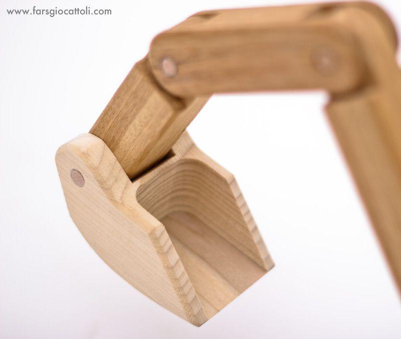 wood detail - www.farsgiocattoli.com