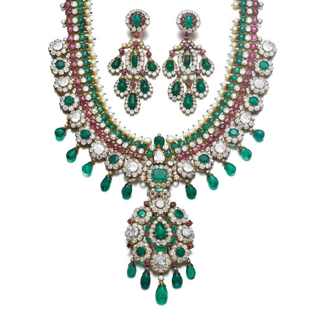 Indian inspiration for this demi parure by van cleef and arpels from