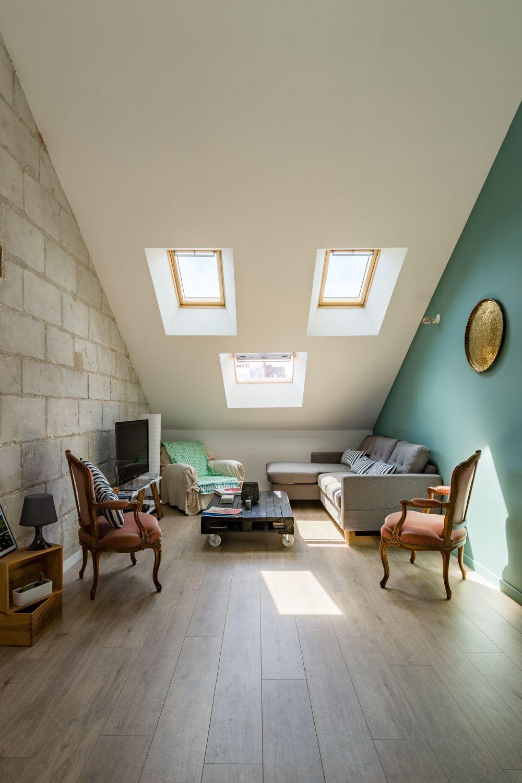 Rénovation d\'un appartement sous combles. Mise en valeur du mur en ...