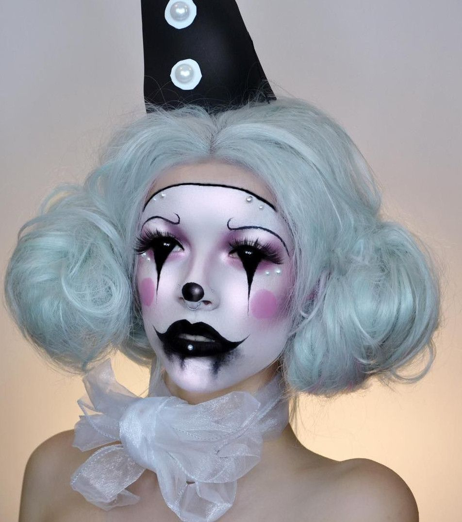 Halloween : les maquillages les plus effrayants à adopter #deguisementfantomeenfant Maquillage Halloween : le clown fantôme #deguisementfantomeenfant