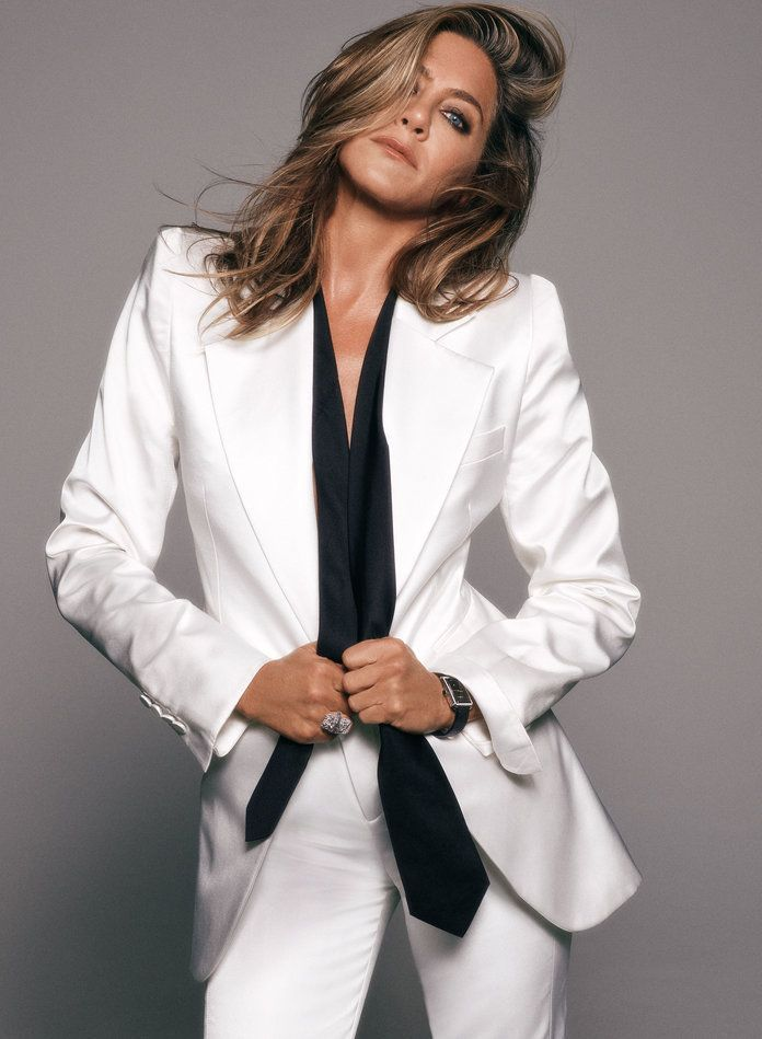 Jennifer Aniston Has Found Her Power #actresses #actresses #photoshoot