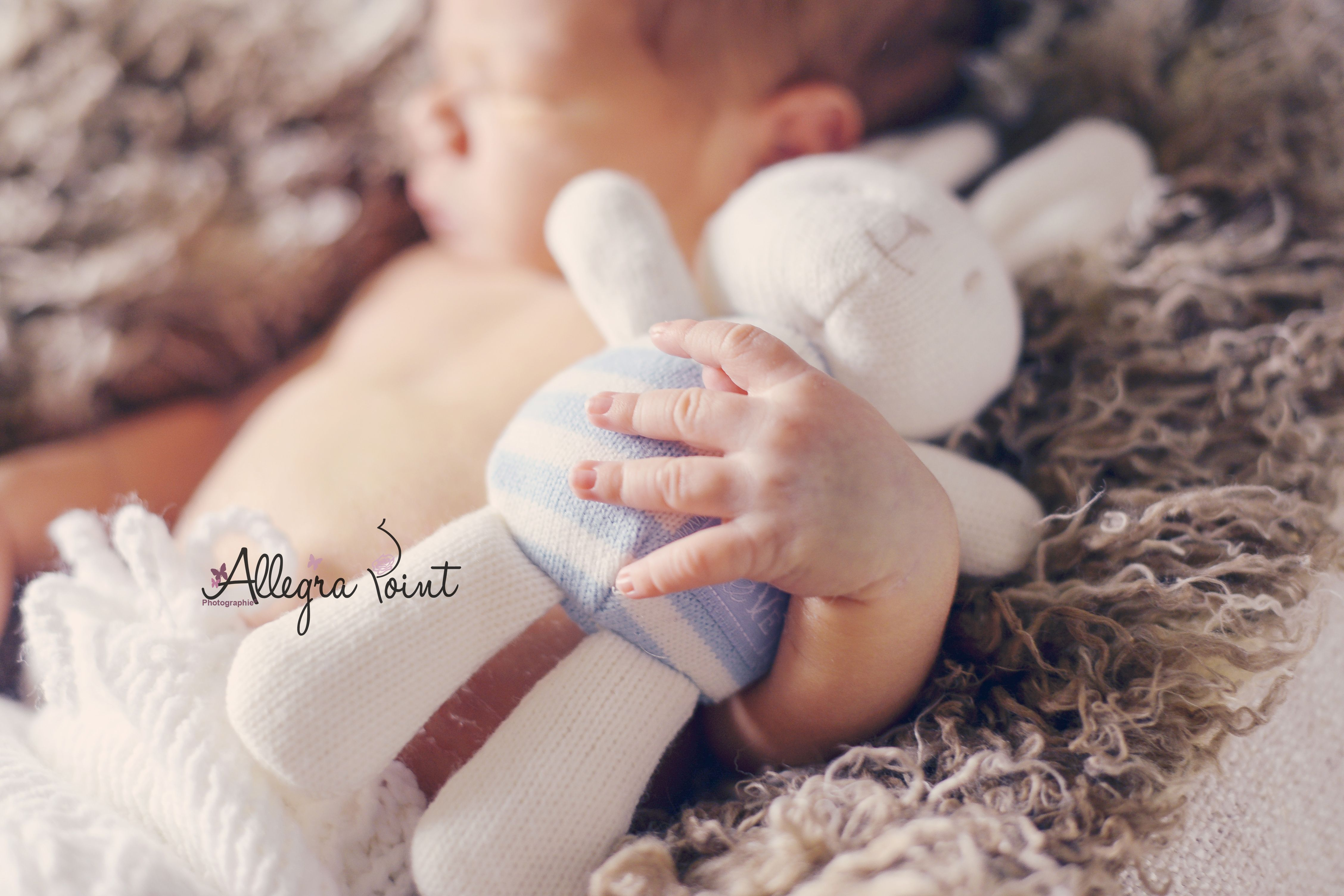 Nouveau-né - 6 jours - www.allegrapoint-photographie.fr