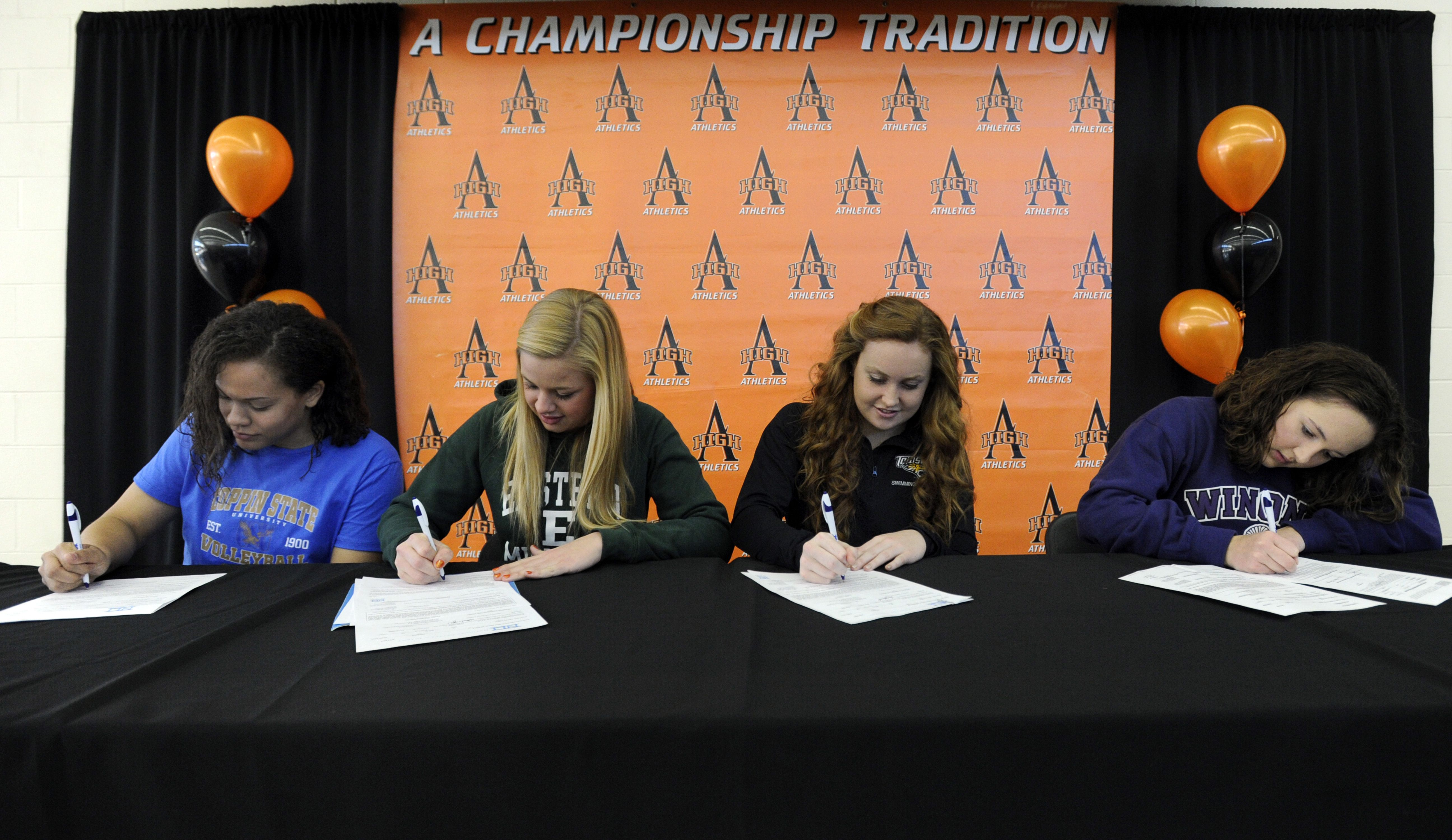 Ames High S Balie Jackson For Volleyball At Coppin State Hannah Newell For Swimming At Eastern Michigan Sydney Sorenson Eastern Michigan Winona State Tribune