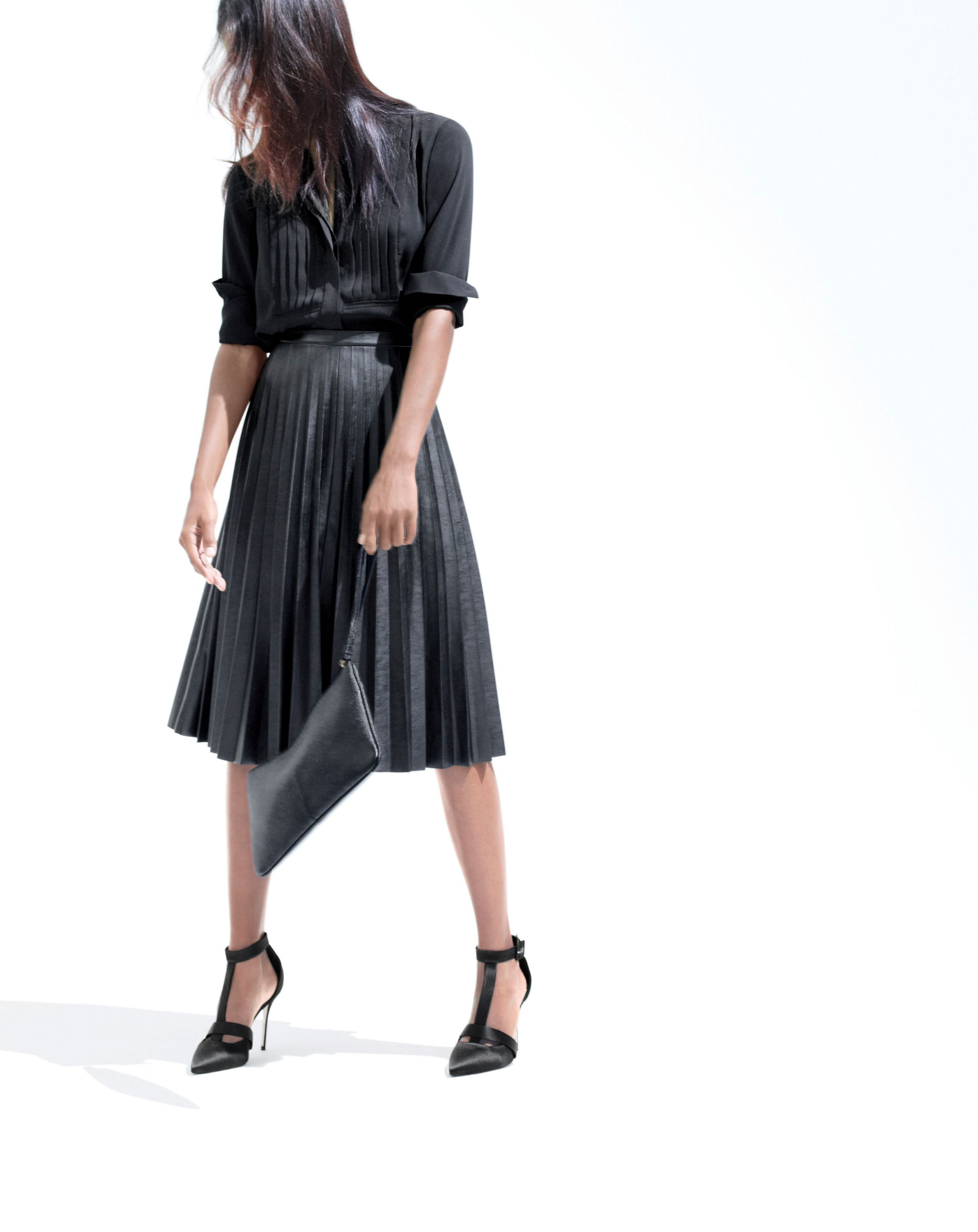 Leather pleats? Midi length? Please and thank you. | Clothes I ...