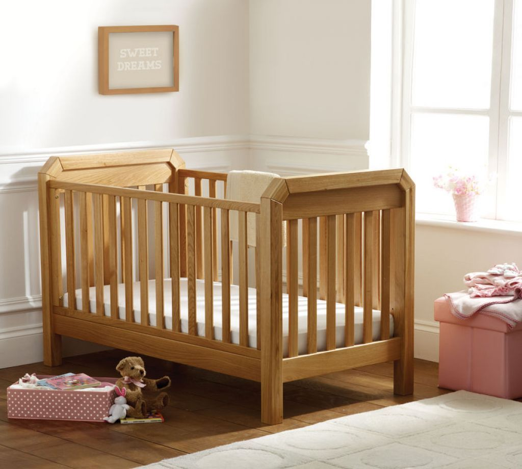 Wooden Oak Cribs Spaces