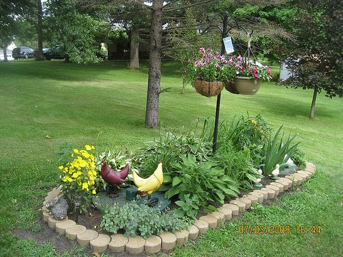 cathys garden by bhendren64 via flickr backyard patiooutdoor landscapinglandscaping ideasseptic tankgarden ideasbird bathscover upplaygroundgardens - Garden Ideas To Hide Septic Tank