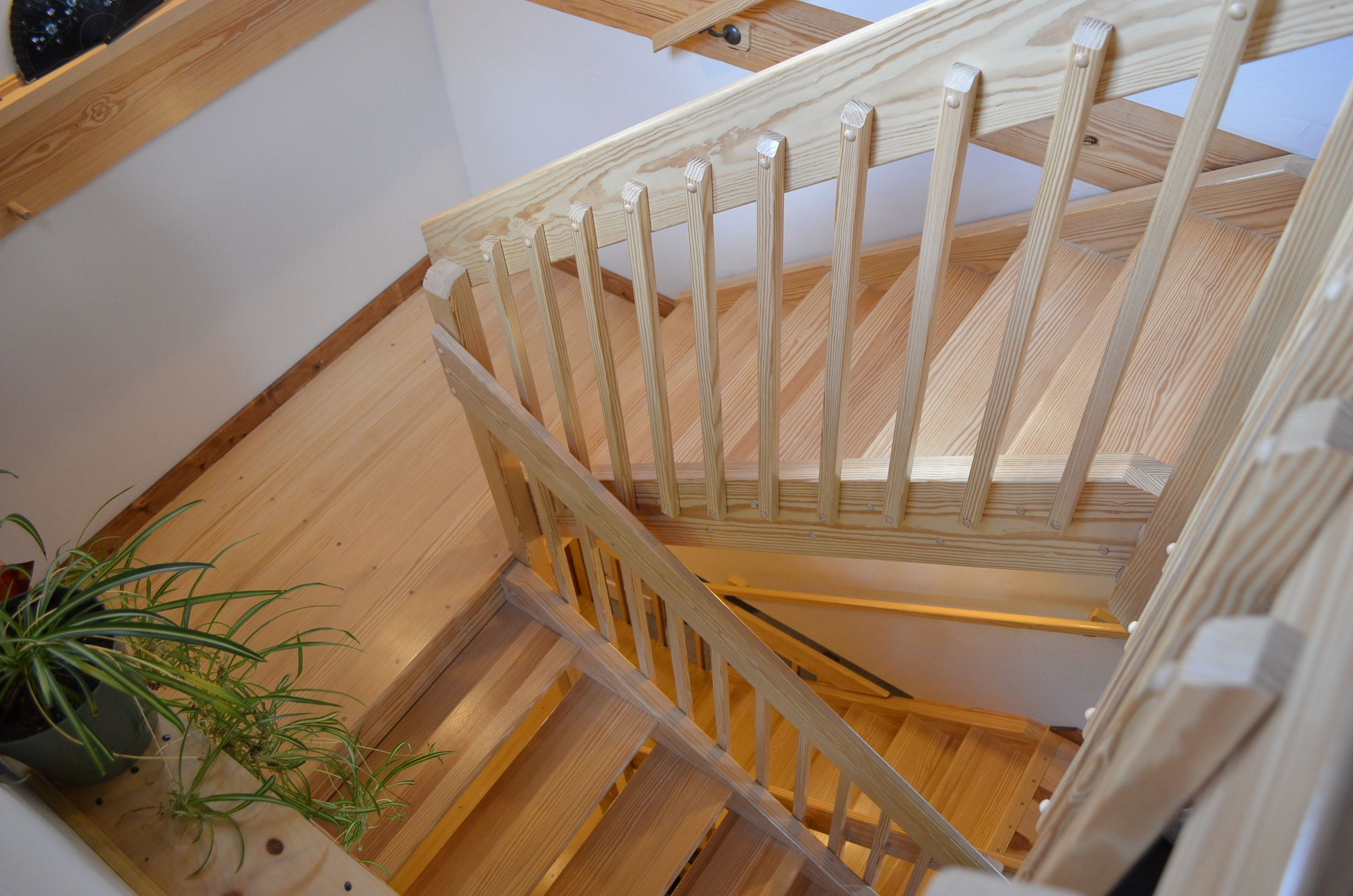 Best Open Stairwell Framing 180 Google Search Stairs Stair 400 x 300