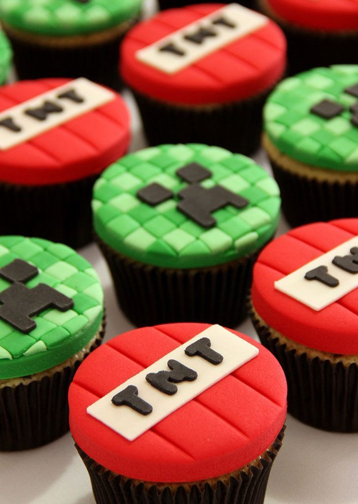 Mine Craft Birthday Cupcakes Minecraft In 2020 Minecraft Party Minecraft Cupcakes Minecraft Birthday Cake