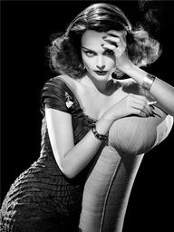 Inspiration For Photoshoot Photoshoot Ideas Steven Meisel Hollywood Glamour Old Hollywood