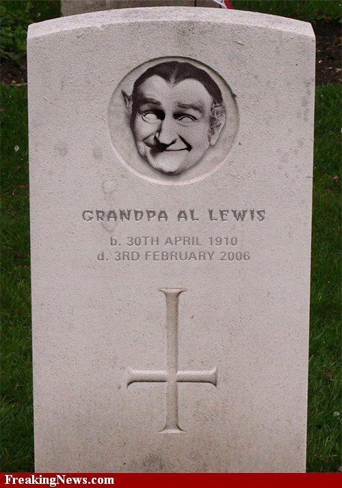 Http Www Freakingnews Com Pictures 15000 Grandpa Al Lewis 15473