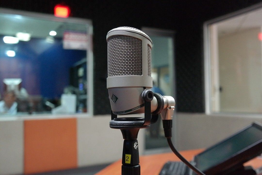 Feel Confident In Your Voice But Need Some Help With Song Writing And Recording We Would Love To Help Whether You Microphone Business Podcasts Recorder Music