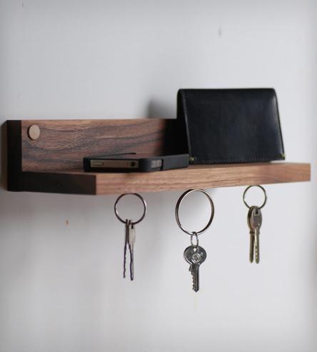 Magnetic-key-ring-holder-shelf-1366393629