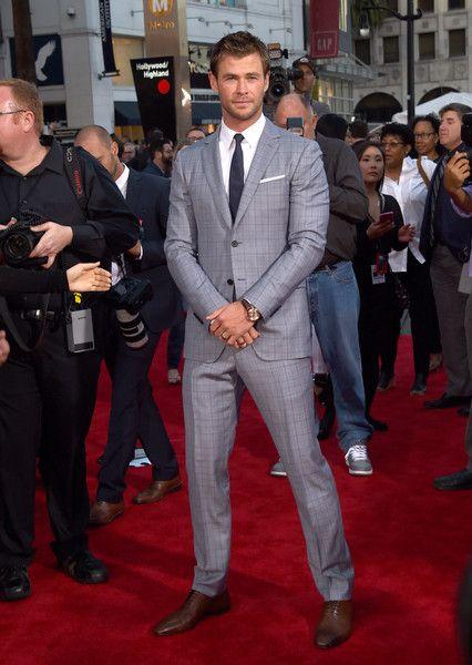 Chris Hemsworth Photos: Premiere Of Marvel's 'Avengers: Age Of Ultron' - Arrivals