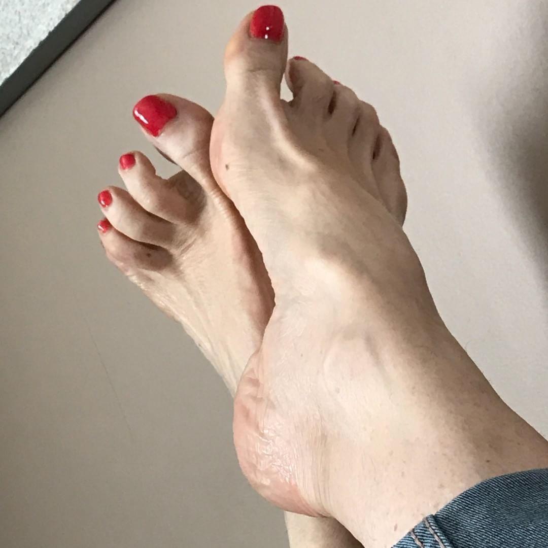 Feet Laurel Witt nude (12 foto and video), Pussy, Cleavage, Selfie, butt 2017