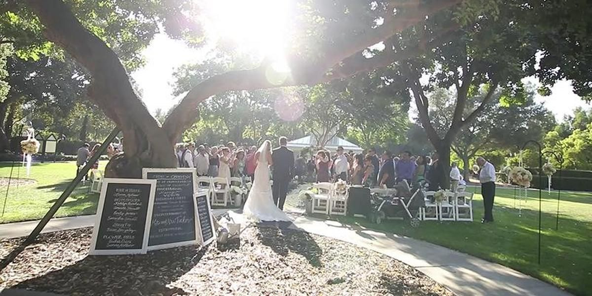 Heritage Park Weddings Price Out And Compare Wedding Costs For Wedding Ceremony And Reception Venues In Santa Fe Springs Park Weddings Venues Wedding Costs