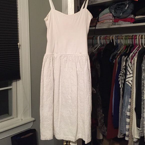White sundress, form fitting top Form fitting on top, loose on bottom. Embroidered bottom. Eight Sixty Dresses Mini