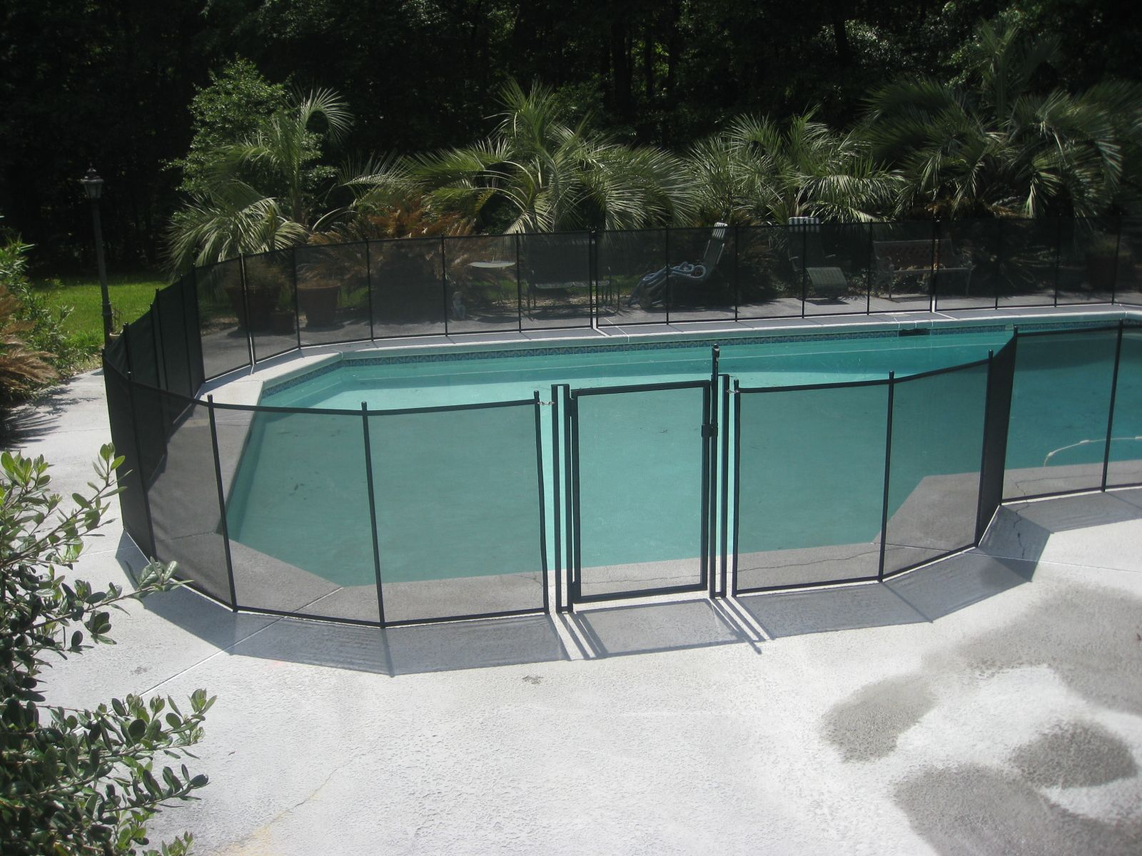 Self Closing Self Latching Gate Life Saver Pool Fence Systems Pool Fence Pool Fence Cost Fence Prices