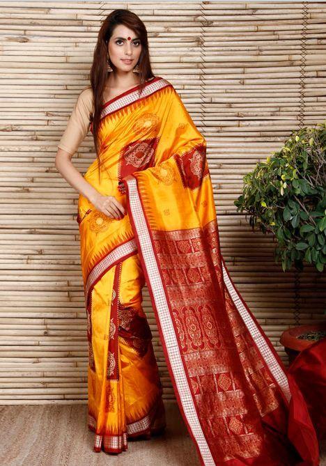 Buy Handcrafted Sarees Online | Maheshwari, Patola, Bandhani, Kalamkari,  Chikankari Sarees Online Shopping Collection